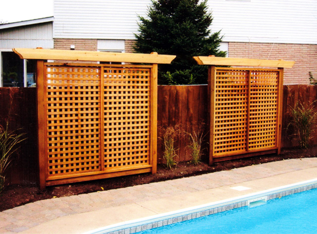 Privacy screens burlington oakville mississauga ontario for Outdoor wood privacy screen